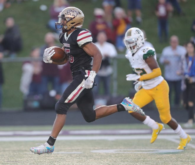 Stow runningback Xavier Preston on his way to a 50-yard second quarter touchdown run on Friday, Sept. 10, 2021 in Stow, Ohio.  [Phil Masturzo/ Beacon Journal]