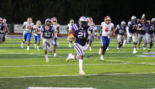 Dutchtown's Dylan Sampson races 75 yards for a score in the Griffins' 38-7 victory over Evangel Christian.