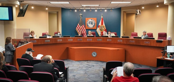 Manatee County commissioners approved the fiscal year 2022 budget Tuesday night.
