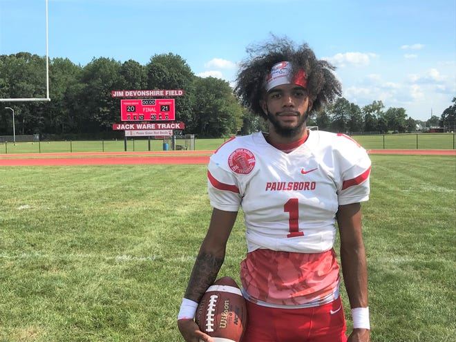 Paulsboro quarterback Tyree Thomas fired the decisive touchdown in the third quarter as Big Red got back in the win column with a 21-10 triumph over Penns Grove on Saturday.