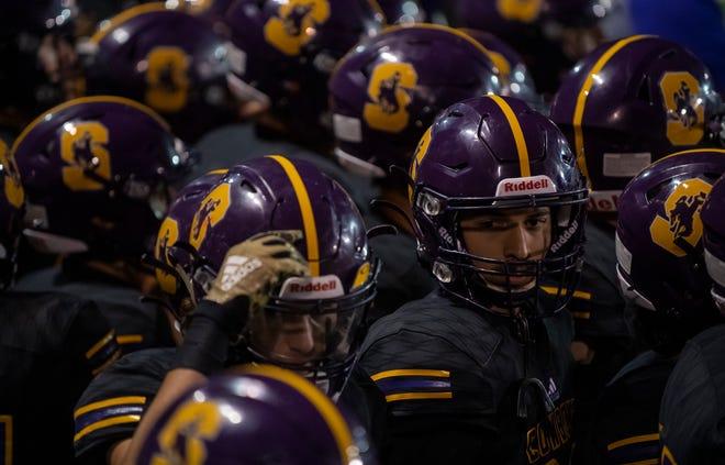 Salinas High School varsity football team continued its strong play.