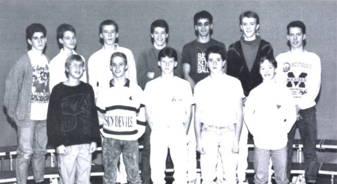 Pictures of the Past is from the 1990 Lincoln Community High School yearbook. The photo shows members of the Golf team. In front from left: Scott Bodnar, Zachary Correl, Jeff Schmidt, Joel Diers and Brandon Miller. Back row from left: Josh Allison, Eric Graue, Robbie Waddell, Jim Voyles, Shiraz Khan, Michael Simonson and Brian Lewis.
