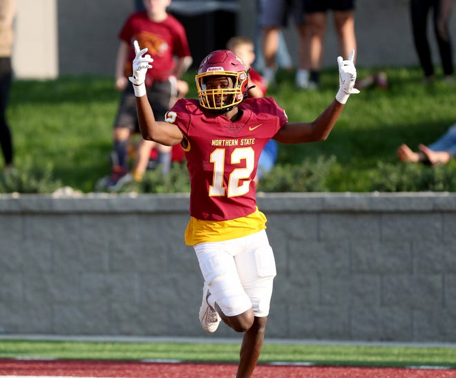 Northern State wide receiver Dewaylon Ingram celebrates following his touchdown in the first quarter against Southwest Minnesota State in the home opener at Dacotah Bank Stadium. American News photo by Jenna Ortiz, taken 09/11/2021.