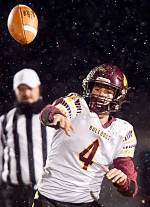 Senior quarterback Colt Wilkinson is one of the reasons that's De Smet High School's football team is undefeated and ranked No. 1 in Class 9A. He headlines the this week's list of top area football performers.