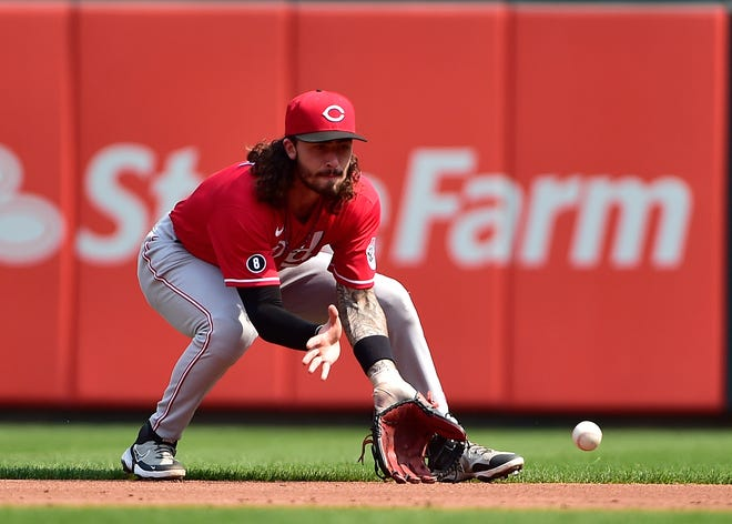 Sep 12, 2021; St. Louis, Missouri, USA;  Cincinnati Reds second baseman Jonathan India (6) fields a ground ball during the third inning against the St. Louis Cardinals at Busch Stadium. Mandatory Credit: Jeff Curry-USA TODAY Sports