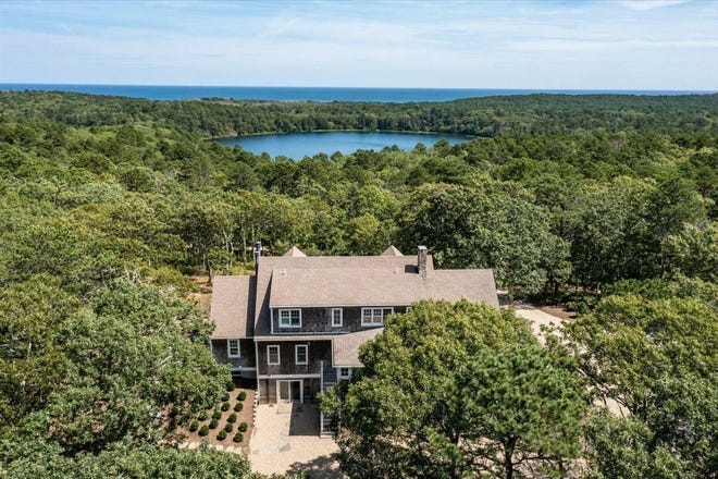 A beautiful house in a beautiful location. This contemporary Cape is located within the Cape Cod National Seashore, close to Slough Pond and the Atlantic Ocean.