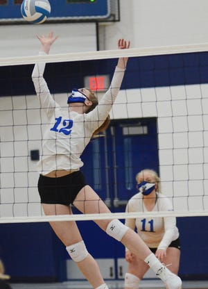 Larissa Huffman and the Mackinaw City volleyball team picked up a conference victory over Wolverine on Friday.