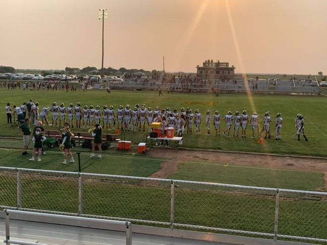 Those Pratt High School football fans who made the trek to Mission Valley HIgh School near Eskridge, Kansas last Friday were gifted with the opportunity to see all healthy players (49) make it into the game for playing time in the 59-22 non-conference win for the Greenbacks.