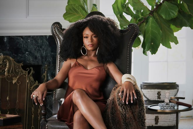 FREE HORROR 6d44c18a-3a8f-441c-b2e2-06fbbef74bdf-our-kind-of-people-yaya-dacosta-fox 2021 fall television preview