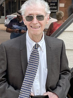 92 year-old Dr. David Longworth to have the upstairs of his former practice converted into apartments