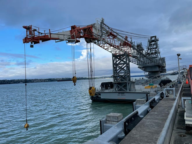 The Army's floating crane BD-6804 was recently transferred to the Puget Sound Naval Shipyard , it was renamed YD-263 in accordance with PSNS & IMF crane naming conventions. YD-263 is slightly larger than the current floating cranes at PSNS & IMF and can lift heavier loads.