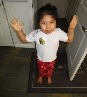 The Palm Springs Police are asking for the community's help identifying a found child.