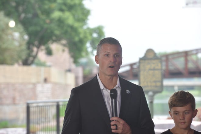 Sioux Falls Mayor Paul TenHaken announces his re-election campaign on Sept. 13, 2021.