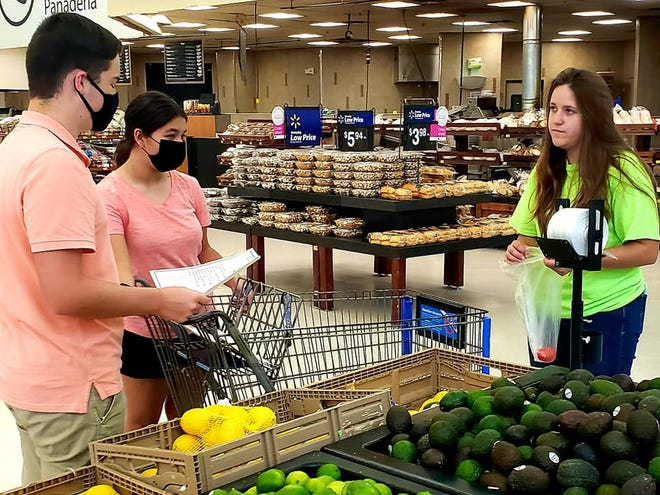 Premont Cactus 4-H members recently participated in Grocery Wars at an area grocery store.