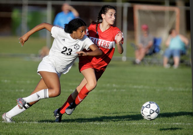 Pilgrim, shown playing at Coventry earlier this month, topped La Salle, 1-0, on Thursday night.