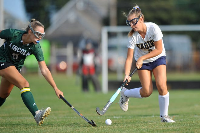 Barrington's Ava DiMatteo works the ball up the field during the first quarter of Tuesday's win over Lincoln School.