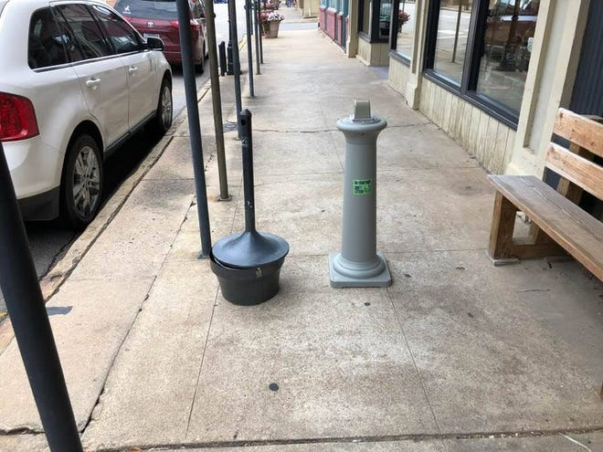 Urns placed around Van Buren are keeping cigarette litter down