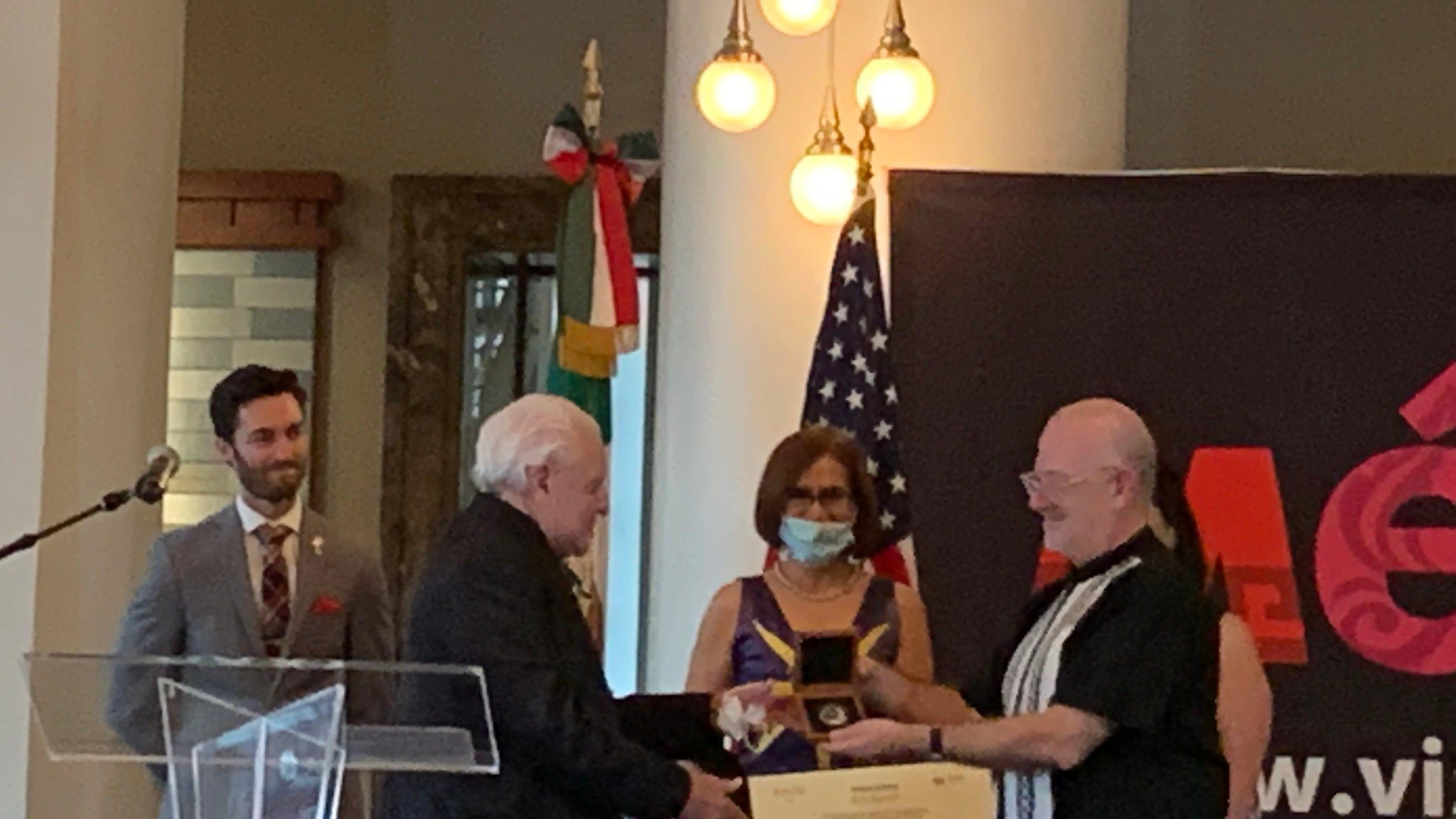 Nashville fashion designer Manuel Cuevas honored in ...