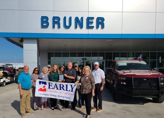 The Early Chamber of Commerce named Bruner Auto Group business of the month. Bruner Auto has been a great supporter within and around the Brown County community.  Stop by in Early today or visit https://www.brunerearlybrownwoodgm.com  #BuyBetterBuyBruner #EarlyChamber
