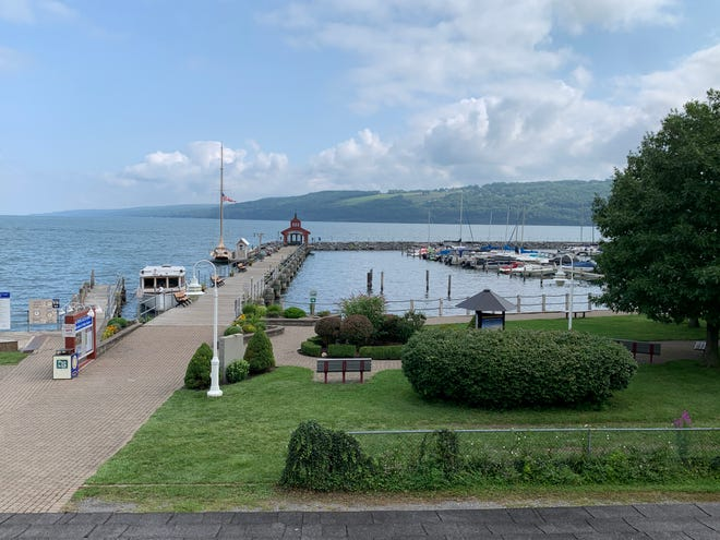 The new webcam shows Watkins Glen Harbor to viewers live, 24 hours a day, 365 days a year.