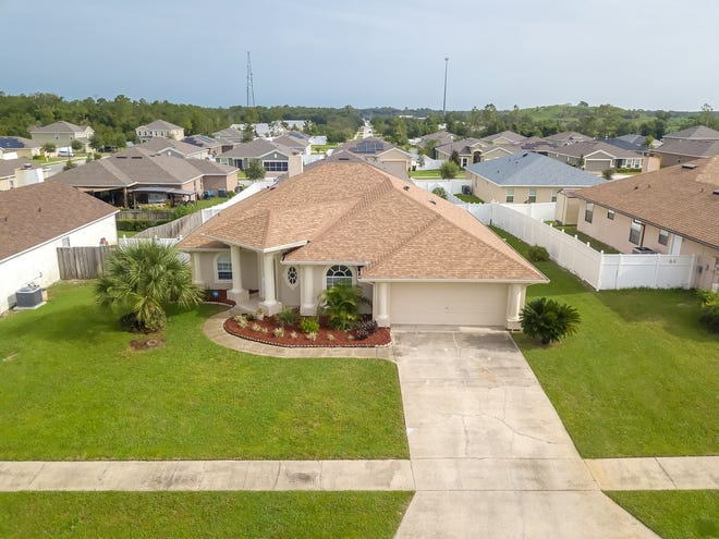 Located in one of Orange City's most popular subdivisions, this well-maintained home is topped with a 2020 roof.