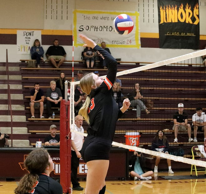 Tom Bean's Emma Lowing led the Lady Tomcats with nine kills during a district victory against Collinsville.