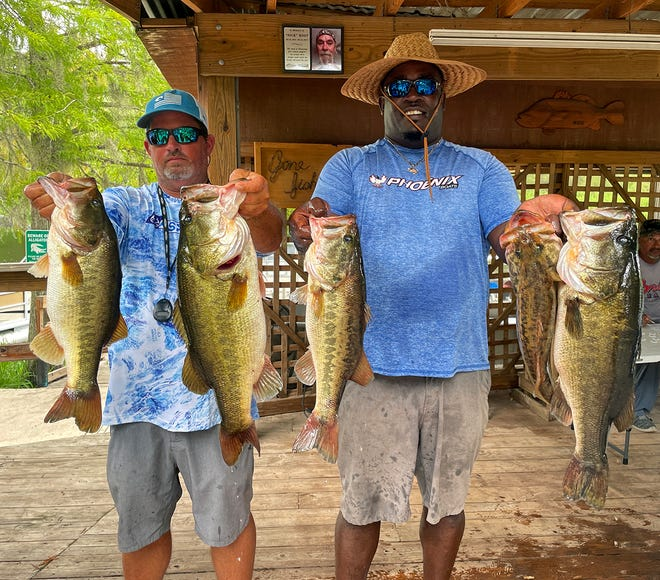 Jason Brewer, left, and Steve Coleman had 28.82 pounds to win the Xtreme Bass Series Kissimmee Division tournament Sept. 12 on Lake Kissimmee.