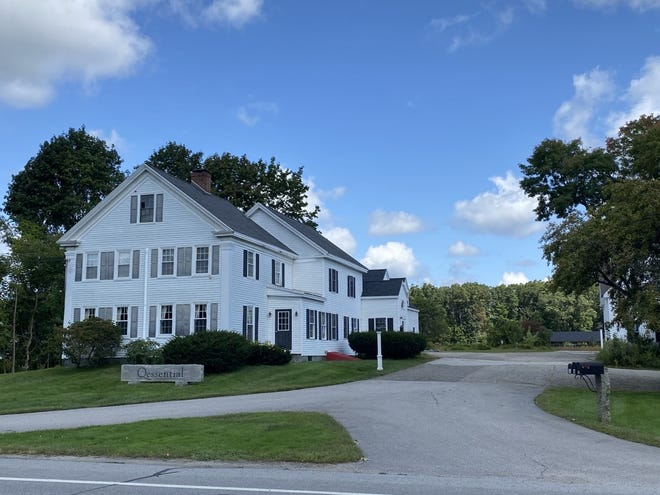 Exeter Parks and Recreation has entered a purchase and sale agreement to buy 10 Hampton Road to become a future multigenerational recreation facility. The $1.15 million purchase requires Town Meeting approval.