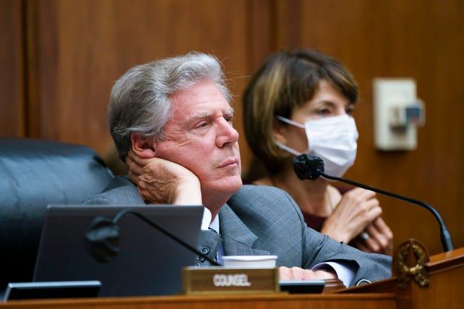 Democrats, GOP reject adding Medicare drug-price plan to budget