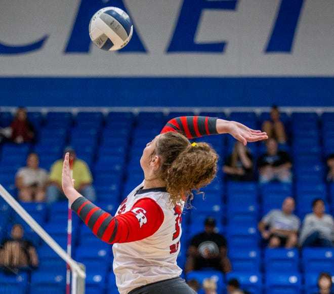 Glen Rose volleyball players Matti Young and Aimee Flippen (pictured) recorded 16 kills each in the Lady Tigers' 25-20, 25-14, 25-19 road win at Robinson on Tuesday night, and Young and Brooklynn Vara had nine kills each in a 25-8, 25-9, 25-15 win over Castleberry on Friday to run their record to 17-10 with the two-match winning streak. The Lady Tigers are back in action on Friday at 4:30 p.m. when they host Kennedale at Tiger Arena. They were originally scheduled to open district play on Tuesday with Brownwood, but that match was moved. They will host Nolan Catholic on Thursday at Tiger Arena.