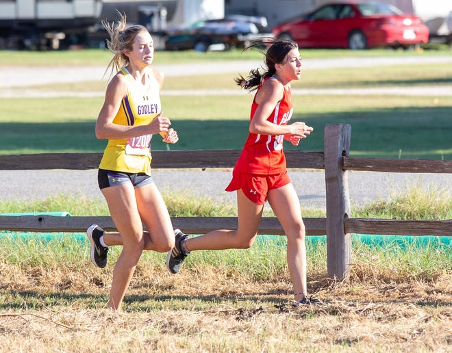 Glen Rose's Daylyn Cassidy, right, finished second at the Glen Rose Invitational on Wednesday at Squaw Valley Golf Course.