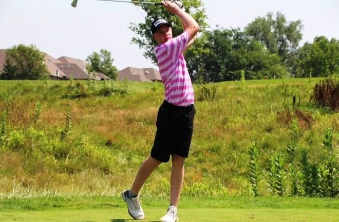 Former Peoria Christian student and 2019 IHSA State Class 1A golf champion Weston Walker will remain outside IHSA competition again this season, has started his own business, and grown 10 inches in 18 months and added 30 pounds over the winter 2020.