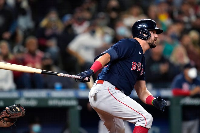 After acquiring Kyle Schwarber at the trade deadline, the Red Sox had a 3-10 record as he rehabbed from an injury for 13 days.