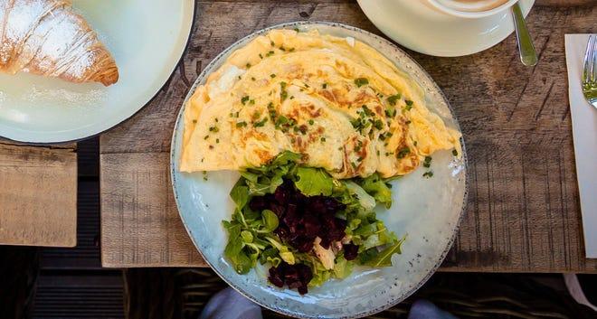 Crepe omelet.
