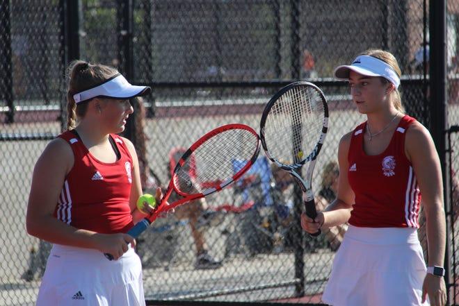 Wellington tennis at Girls Varsity Invitational in Andover