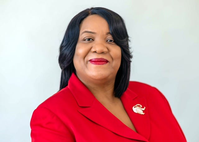 Detroit Medical Center CEO Audrey Gregory is leaving to become the president and CEO at a health system based in Central Florida. Her last day at the DMC is Oct 22.