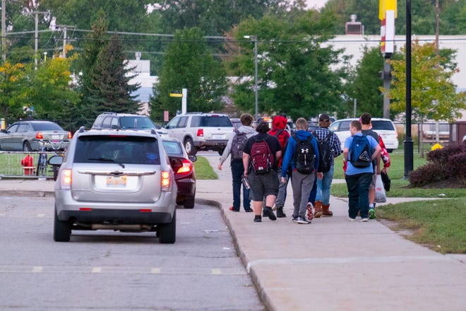 Students arrive at Port Huron High School Thursday, Sept. 16, 2021.