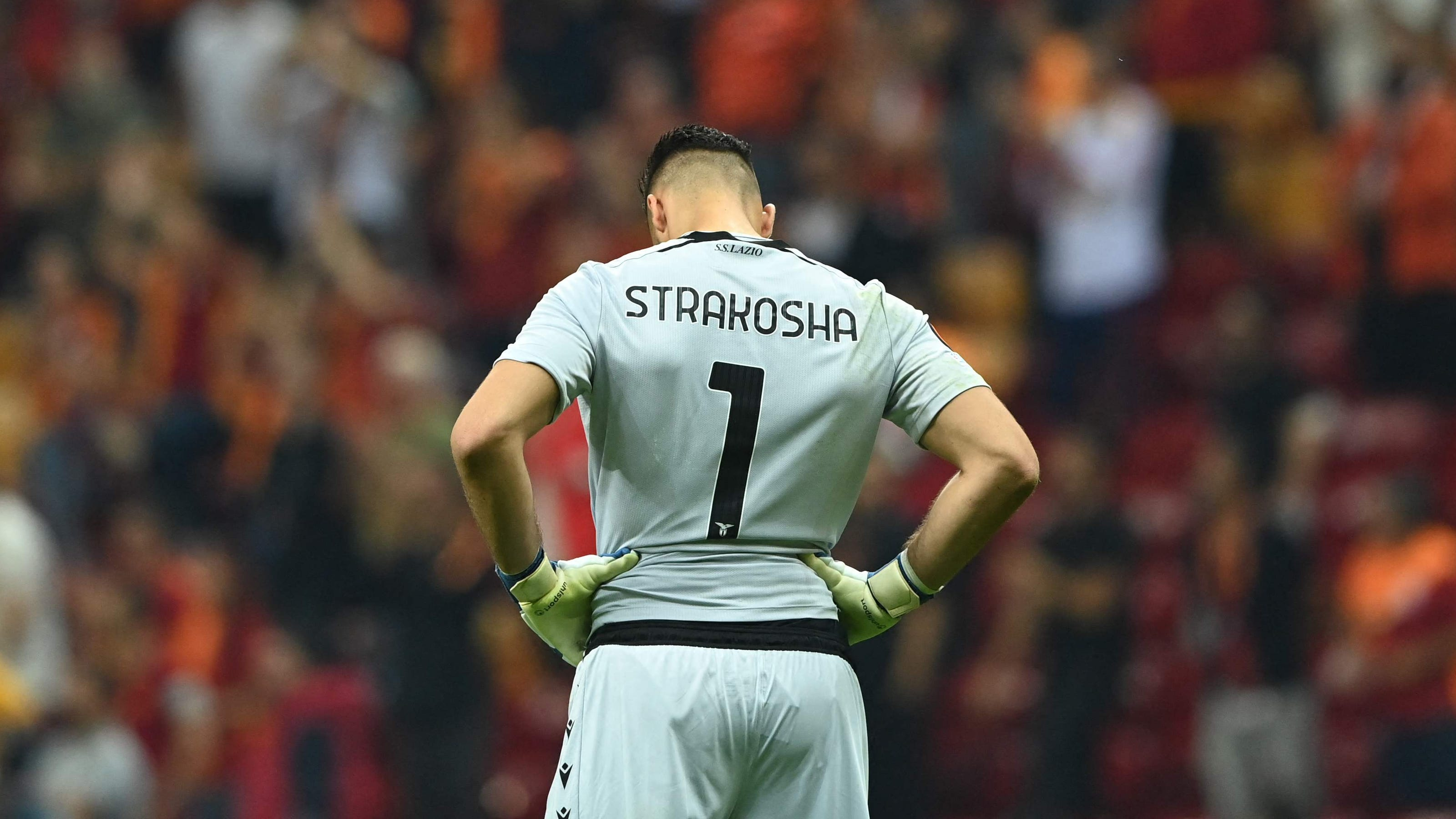 Worst own goal ever? Lazio GK Thomas Strakosha's Europa League blunder