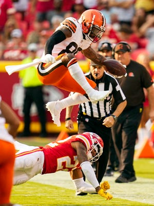 Browns wide receiver Jarvis Landry has been placed on injured reserve and must miss at least three games. The earliest Landry could return is Oct. 17 against the Arizona Cardinals. [USA TODAY Network]