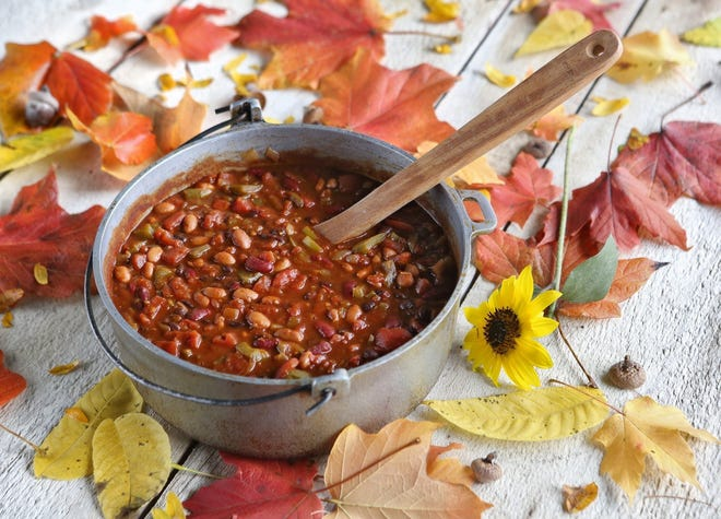 Three bean veggie chili for fall chili recipes. October 20, 2016.(Dispatch photo by Eric Albrecht)