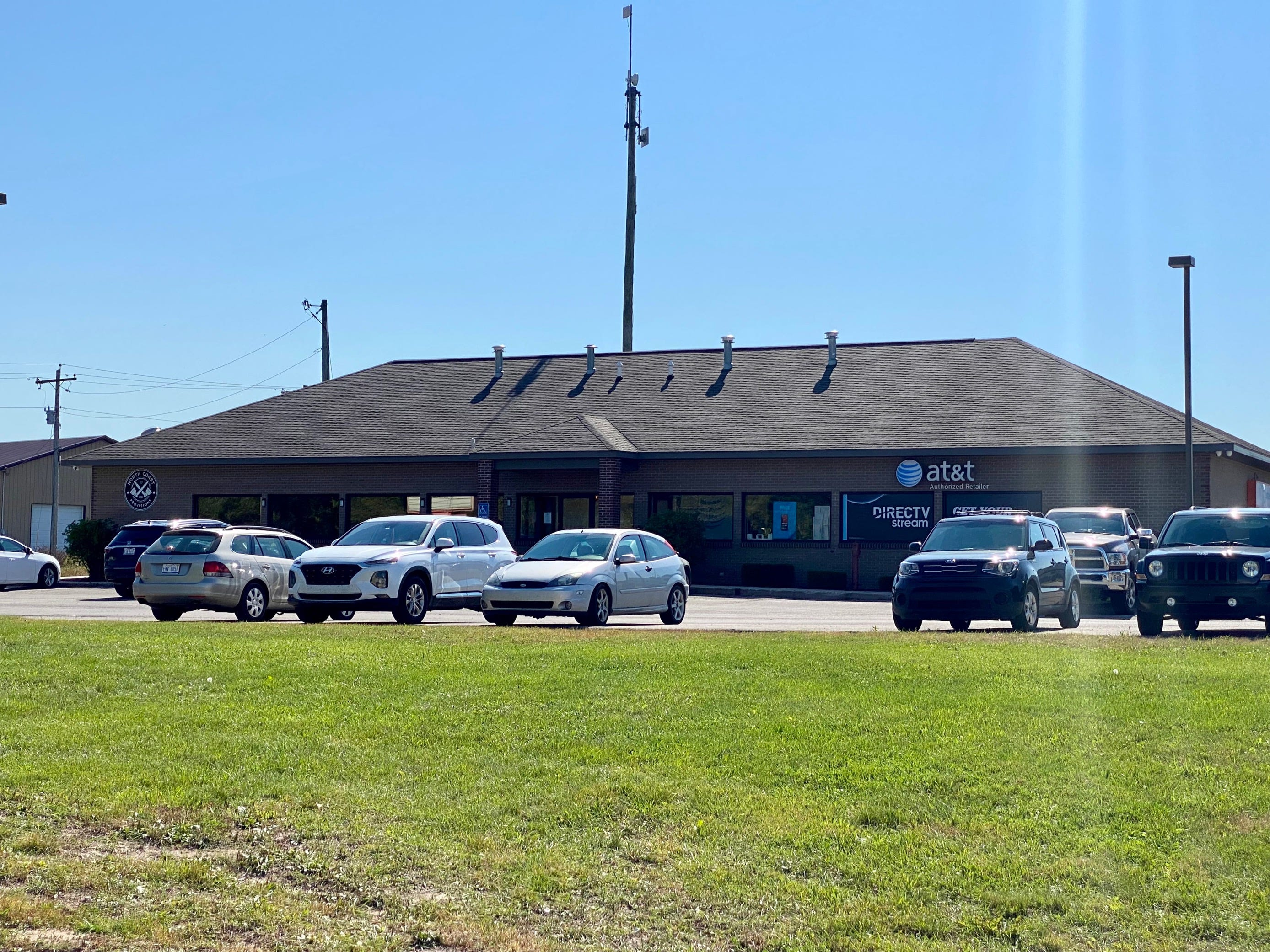 FBI needs help solving bomb mystery at Up North Michigan cellphone stores