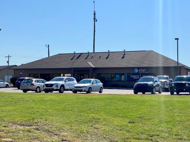 This AT&T store in Sault Ste. Marie was involved in Thursday's bomb incident.