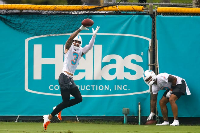 Jun 16, 2021; Miami Gardens, FL, USA; Miami Dolphins wide receiver Will Fuller (3) makes a catch during minicamp at Baptist Health Training Facility. Mandatory Credit: Sam Navarro-USA TODAY Sports