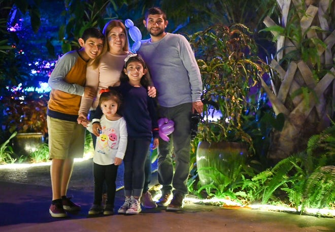 A $200,000 grant from the Community Foundation of Sarasota County will help Selby Gardens connect more families to the wonders of the natural world.