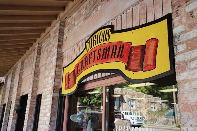 Originally founded in 1970 by Linda Havner in Topeka, Kansas, The Curious Craftsman reopened its doors in 2012. The store now resides in the downtown district of Calico Rock, Arkansas.