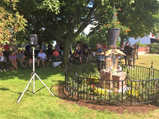 A new Plymouth-themed sculpture was unveiled in Kellogg Park Sept. 17.