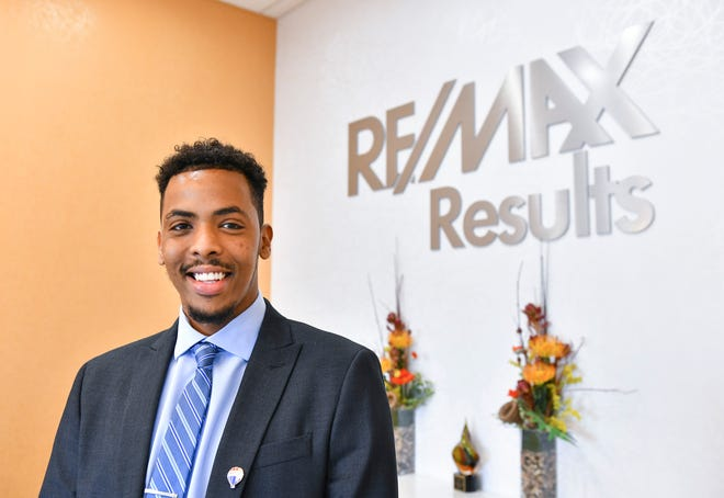Realtor Farhan Jibril is pictured at ReMax offices Friday, Sept. 17, 2021, in St. Cloud.
