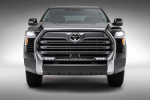 2022 Toyota Tundra Limited front