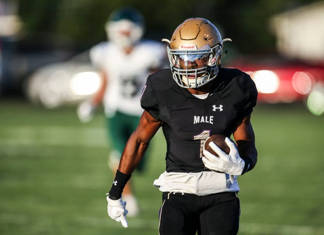 Male's Vinny Anthony ran for a 56-yard receiving touchdown in the first quarter as the host Bulldogs beat the Rocks 24-10 Friday. Sept. 18, 2021