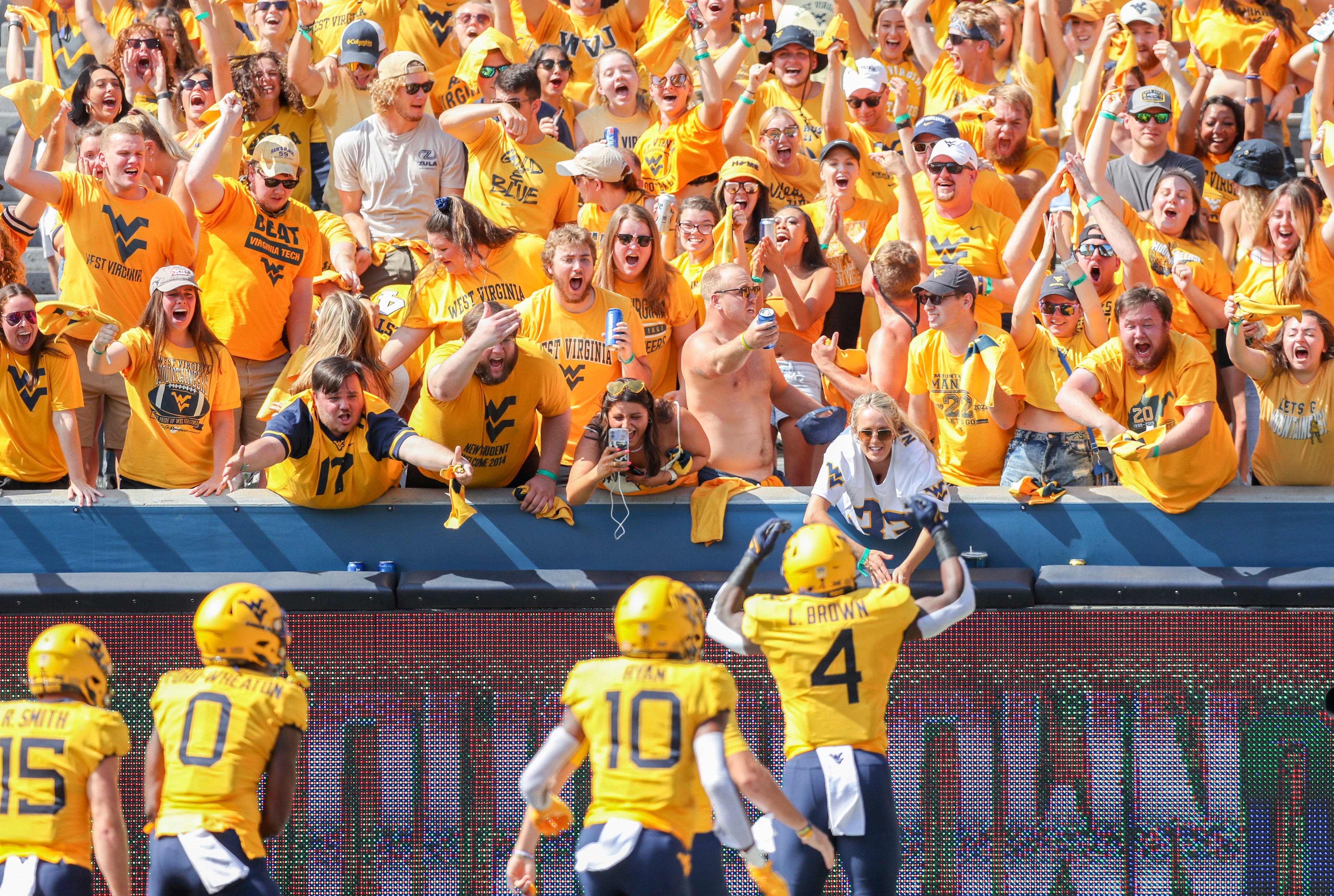 West Virginia upends No. 15 Virginia Tech, stops late scoring drive on downs